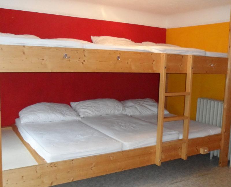 Mehrbettzimmer Budgethotel Bernahof