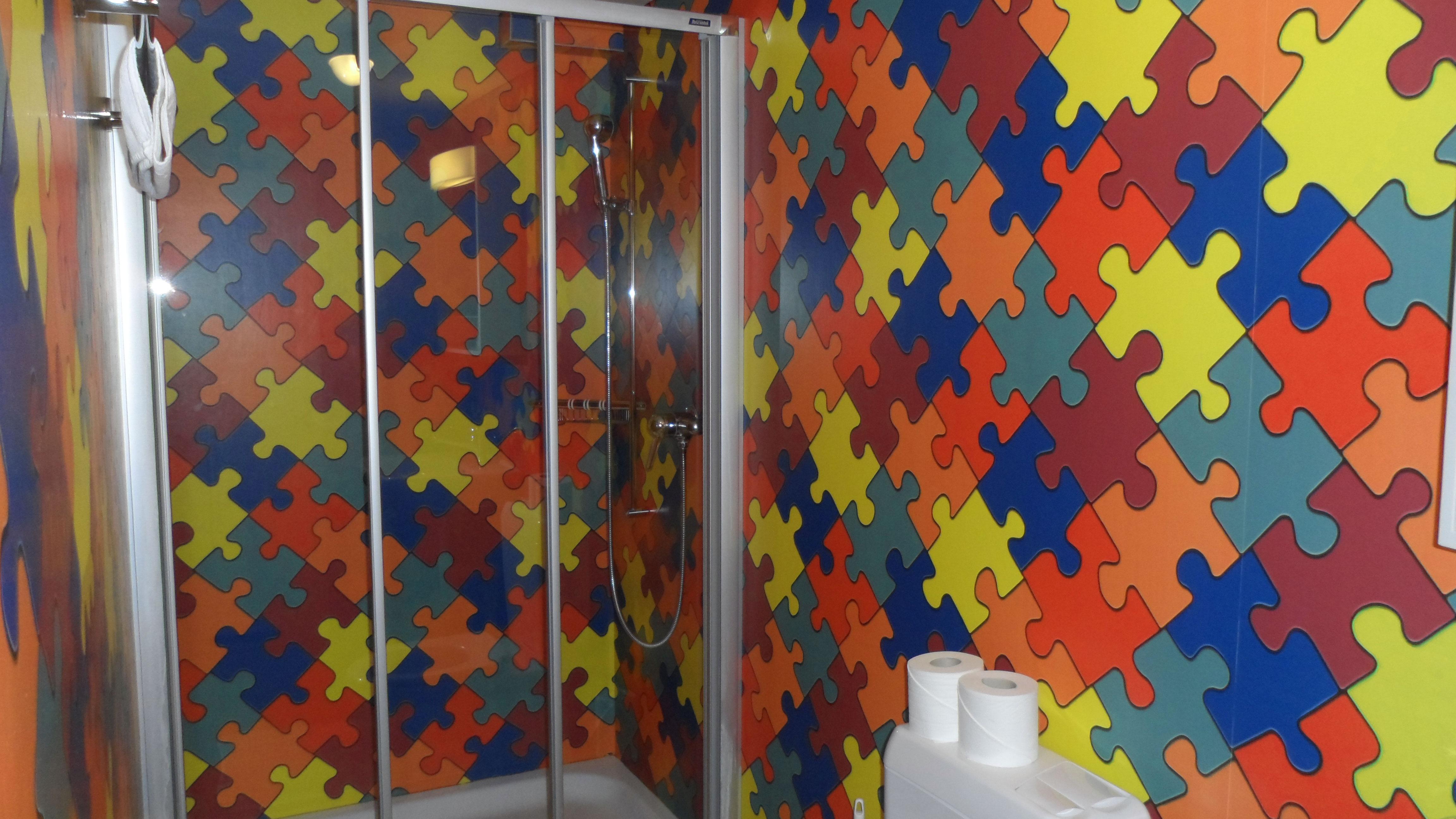 Badezimmer im Mehrbettzimmer